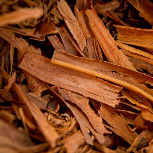 cinnamon bark with health properties explained by EatLiveLovefood